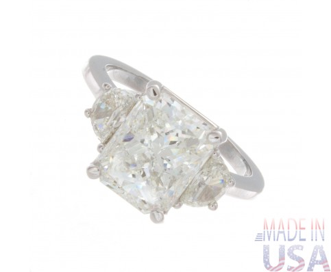 4.50ct Certified Radiant Cut Diamond 18kt White Gold Three Stone Engagement Ring