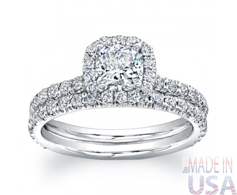 Ladies 1.70ct Cushion Cut Diamond Micropavé Engagement Ring