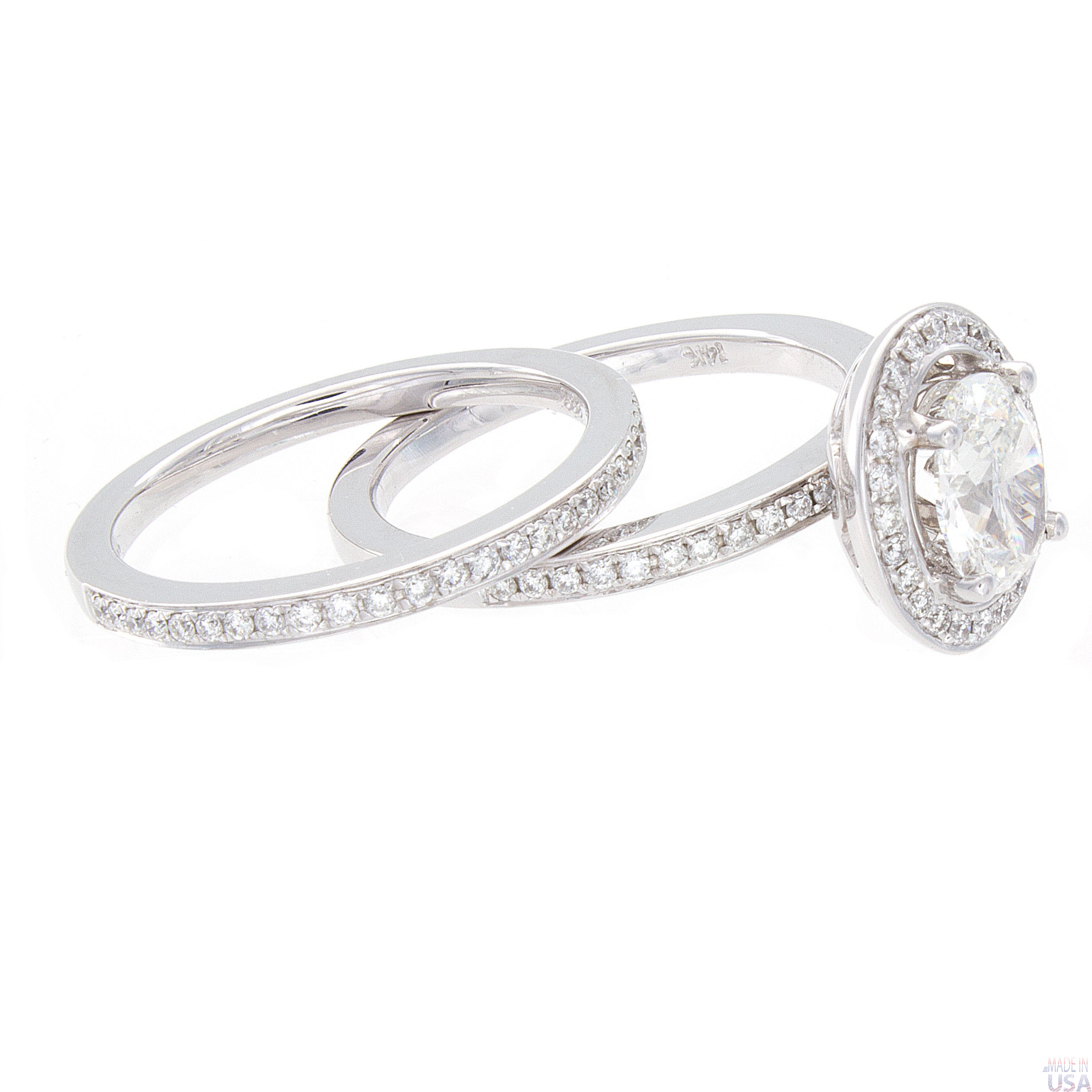 a ring of the gold white carat bridal f oval color cut diamond clarity at center