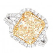 4.73ct Fancy  Yellow Radiant Cut Diamond Ring